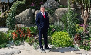 Alan Titchmarsh will swap his shovel for a shepherd's crook