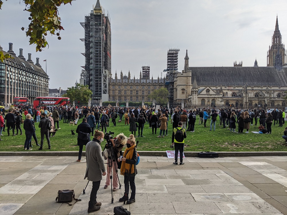 Hospitality Sector Workers Protest Tier 2 Lockdown In Parliament Square City Matters