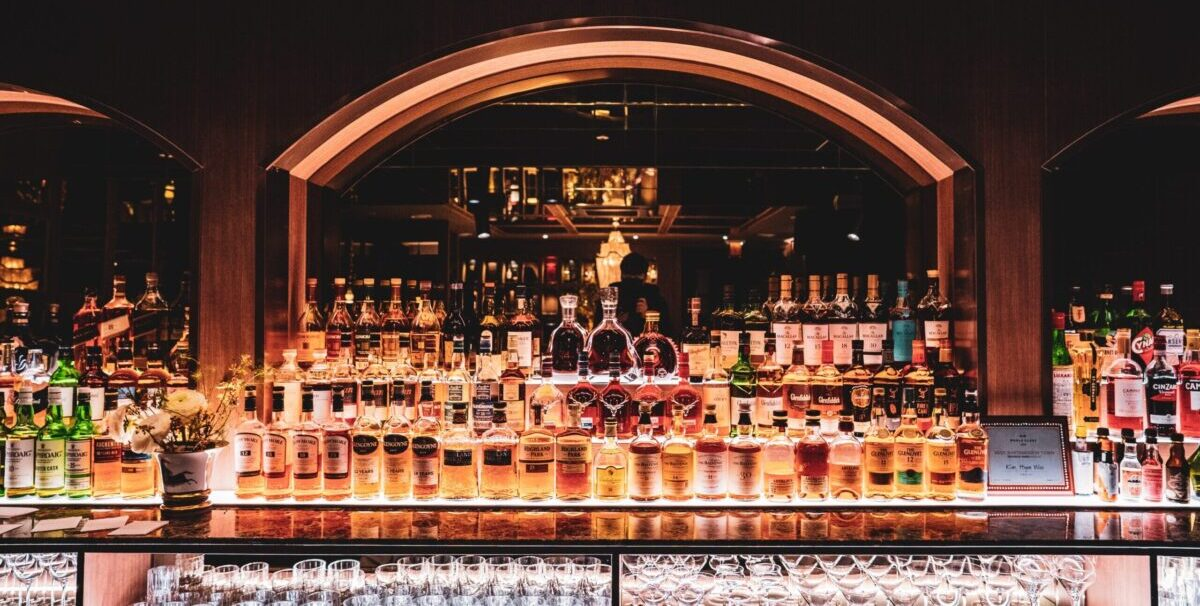 Bar updash whiskey